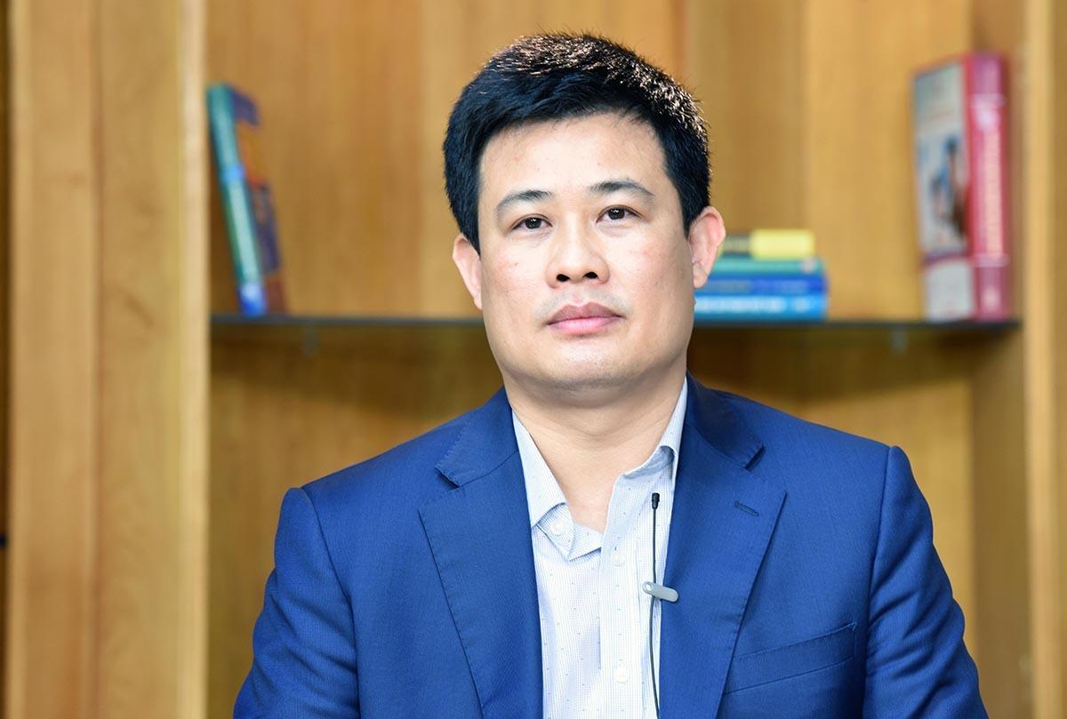 Ông Sái Công Hồng là trưởng ban điều hành xây dựng đề tham khảo THPT quốc gia năm 2020. Ảnh: MOET.
