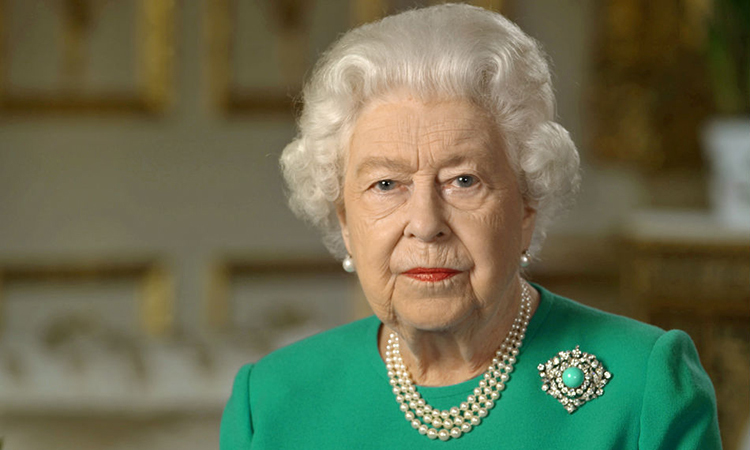 Nữ hoàngElizabeth II trong bài phát biểu lịch sử từ lâu đài Windsor, Anh hôm 5/4. Ảnh: Reuters.