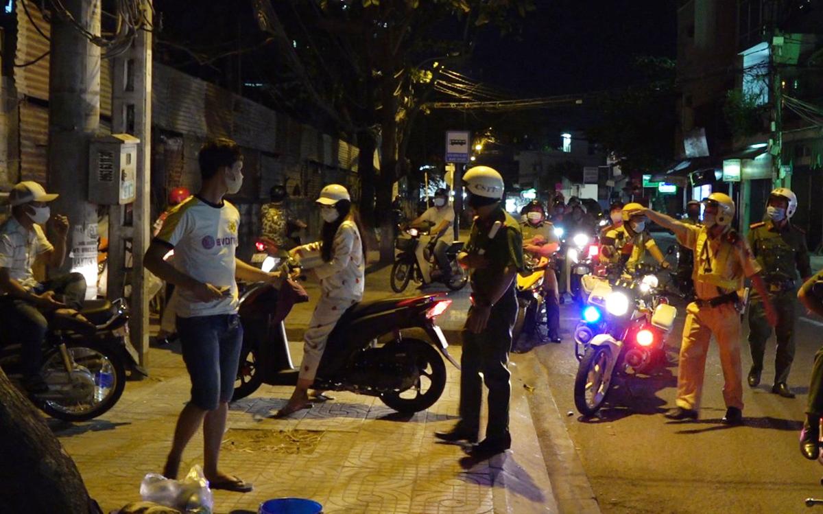 Đường Sài Gòn vắng, tai nạn giao thông tăng