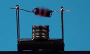 Chế tạo động cơ pin