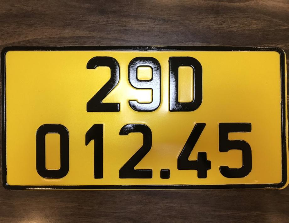 Mẫu biển đăng ký xe màu vàng. Ảnh: Công an cung cấp