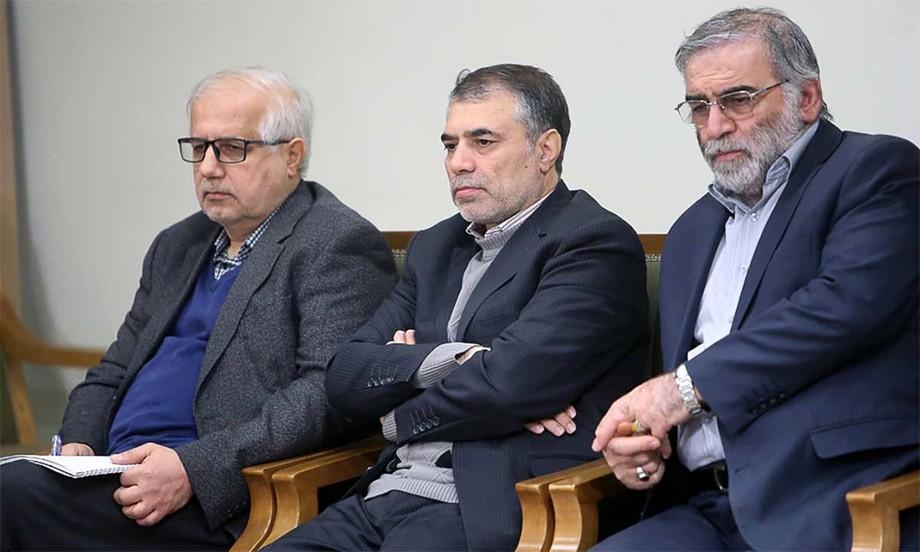 Mohsen Fakhrizadeh (ngoài cùng, bên phải) và các nhà khoa học Iran trong buổi gặp mặt với lãnh tụ Ali Khamenei năm 2019. Ảnh: Leader.ir.