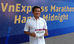 Ông Đoàn Ngọc Hải chạy giải marathon thứ 11 trong năm