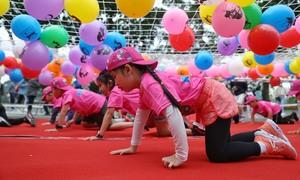 Runner nhí vượt chướng ngại vật tại Kun Marathon Hanoi 2020