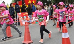Không khí náo nhiệt của Kun Marathon Hanoi 2020