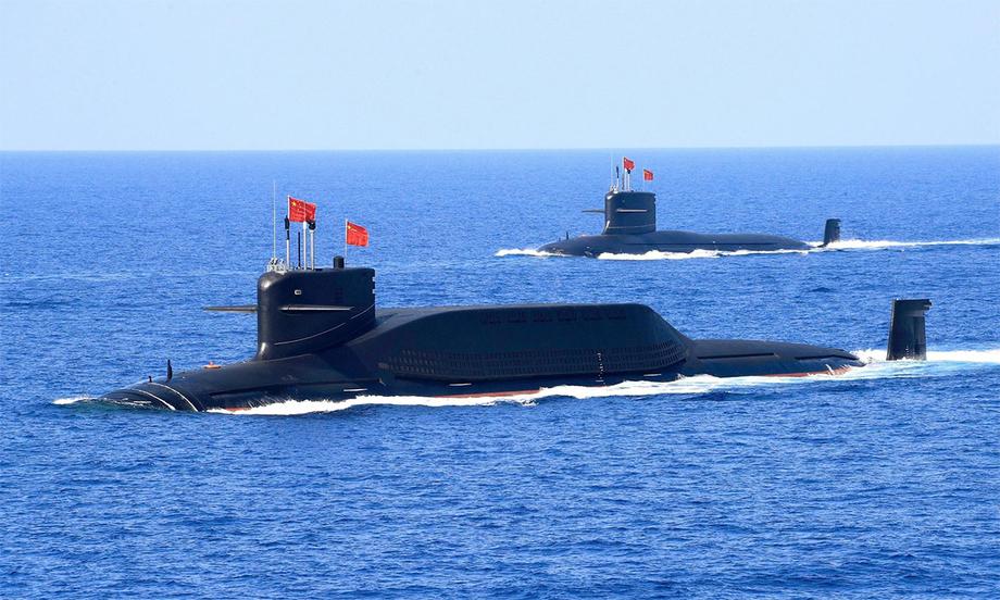 Tàu ngầm Trung Quốc tham gia hoạt động phô diễn sức mạnh tại khu vực Biển Đông, tháng 4/2018. Ảnh: Reuters.