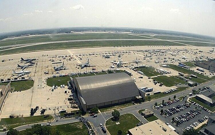 Căn cứ Andrews ở Maryland. Ảnh: US National Archives.