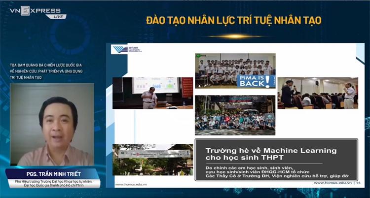 PGS Trần Minh Triết phát biểu tại tọa đàm.