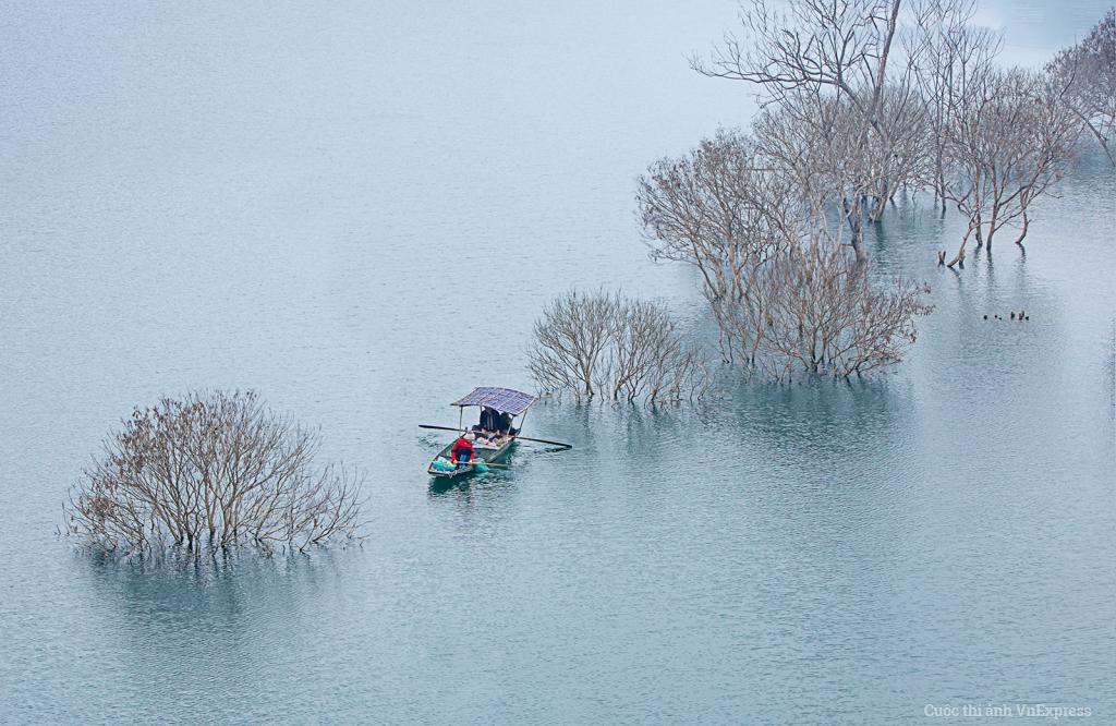 Hồ thu